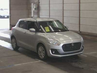 SUZUKI SWIFT 2017 SILVER